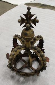 This Coronet sat at the top of a sword rest.